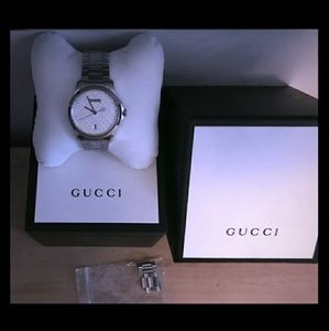 Gucci G Timeless silver dial unisex watch